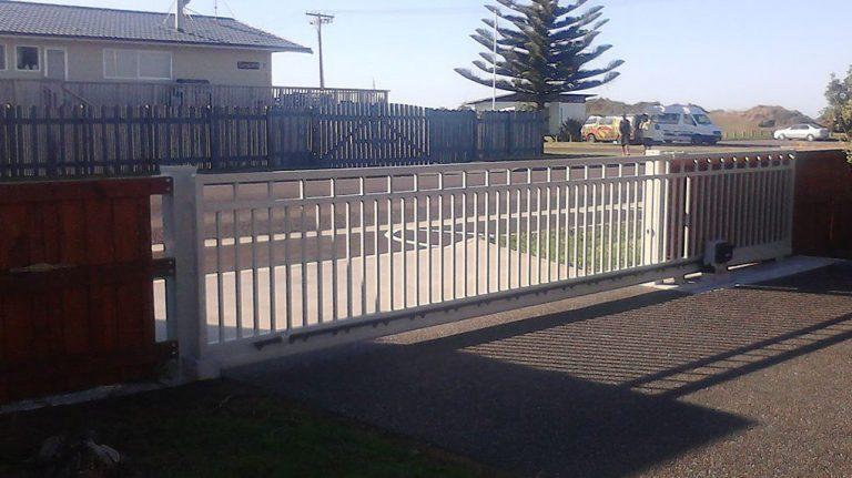 Beach Cantilever Gate