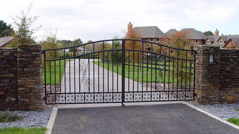 Dual Swing Gates - Stone Pillars